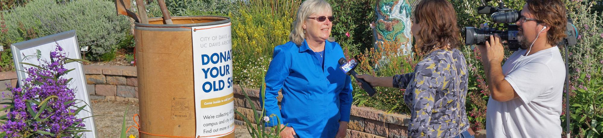 Image of Ellen Zagory being interviewed by Fox40 Sacramento at the UC Davis Arboretum Teaching N